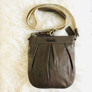 ✨ Coach crossbody handbag; shoulder purse